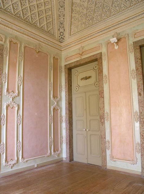 Restoration of the Noble Rooms of Palácio da Condessa do Rio