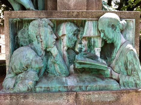 Restoration of the monument to Júlio Dinis
